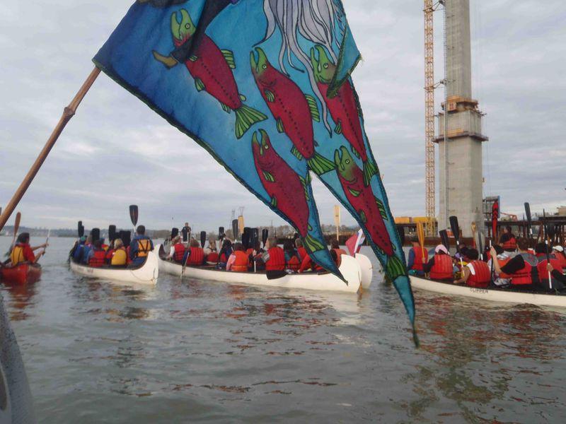 Myflag:canoes